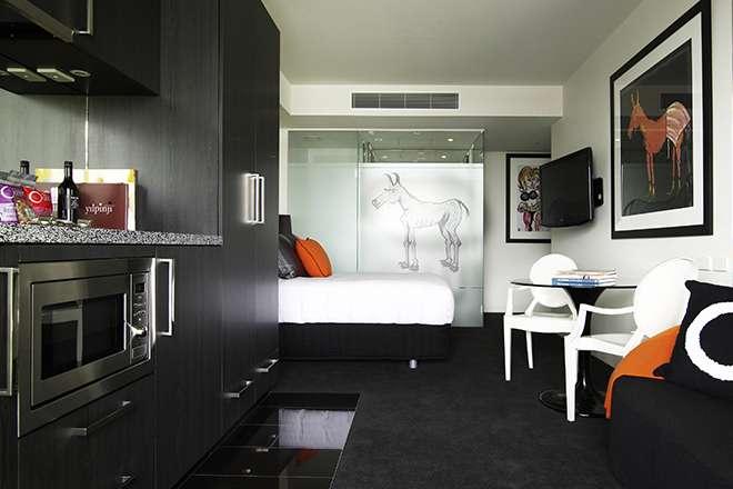 Boutique Hotels Melbourne Rooms Amp Suites The Cullen Hotel